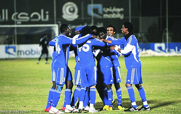 Photo of الهلال يقترب من كأس «فيصل».. والأهلي يواصل مطاردته