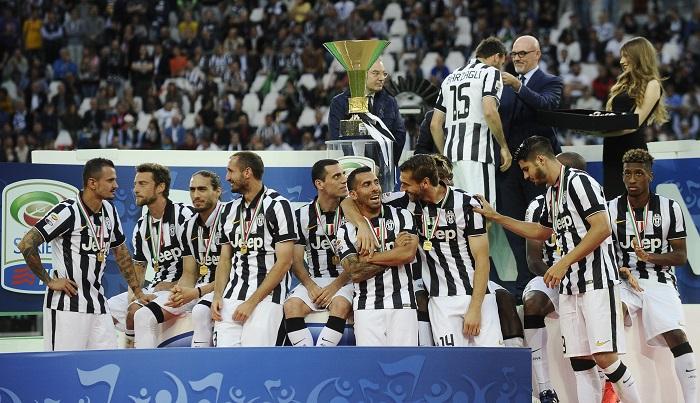 Photo of يوفنتوس يقهر نابولي بثلاثية في مباراة التتويج