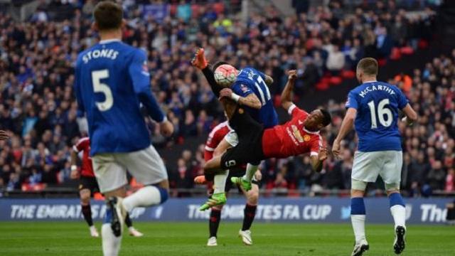 يونايتد يلدغ إيفرتون في كأس الإتحاد الإنجليزي