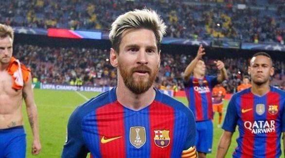 برشلونة يقيل مسؤولاً تصريحاته ميسي