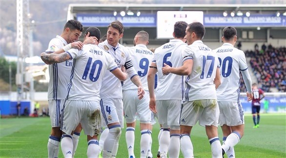 ريال مدريد يبحث ظهير أيسر