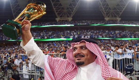رئيس الهلال: عبدالرحمن بن مساعد ساعدني كثيراً