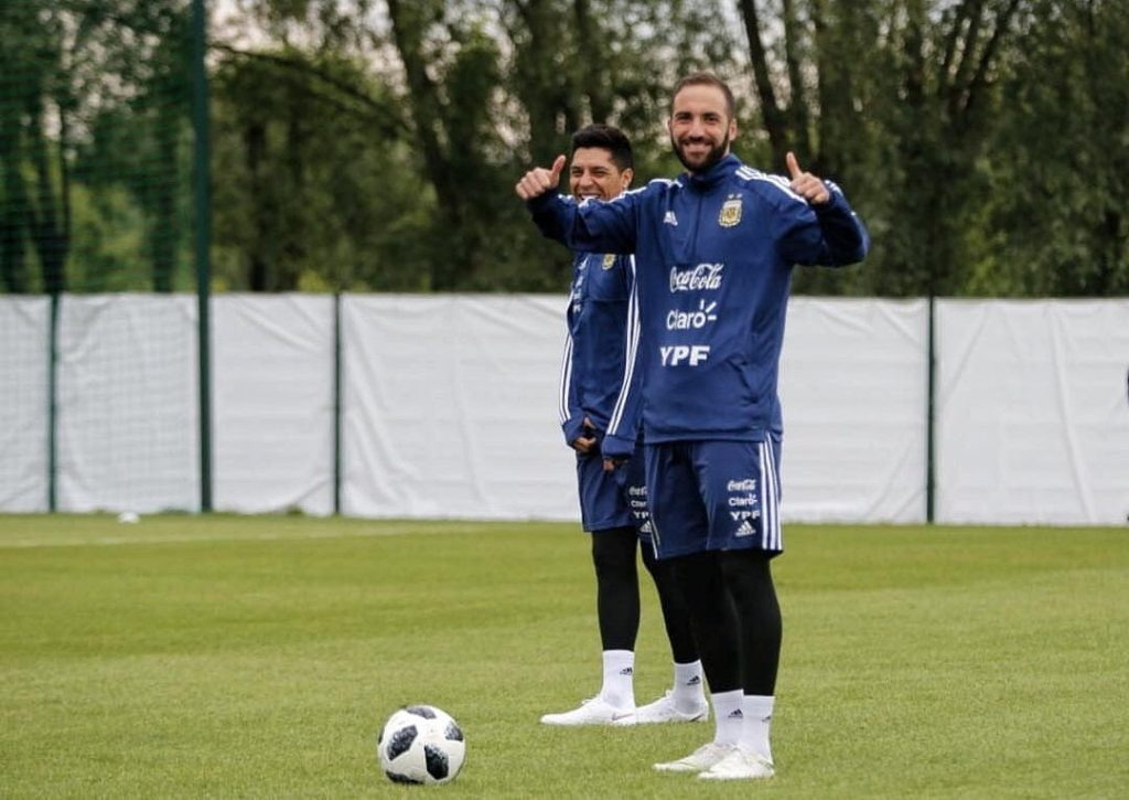 الأرجنتين تخوض أول حصة تدريبية مفتوحة في روسيا