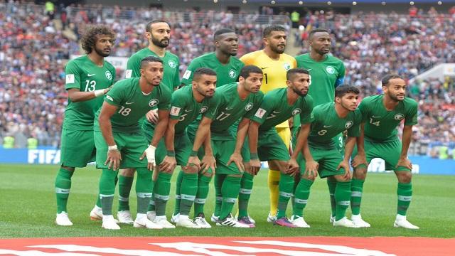 بيتزي: لاعبو الأخضر قدموا مباراة سيئة أمام روسيا