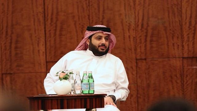 تركي آل الشيخ يتكفل بعلاج لاعب الاتحاد