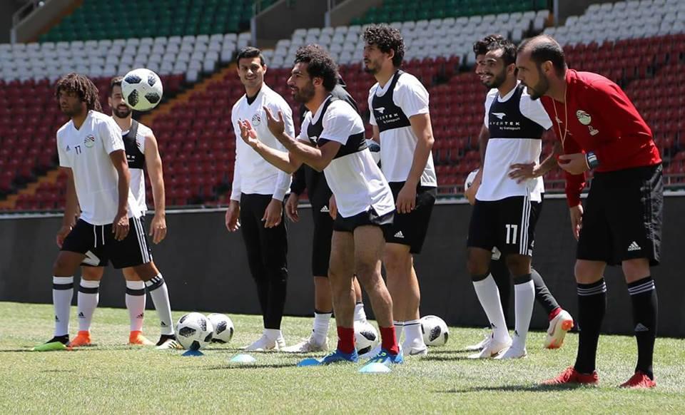 محمد صلاح يشارك في التدريبات قبل مواجهة أوروجواي