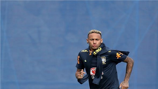 نيمار يطمئن جماهير البرازيل قبل لقاء كوستاريكا