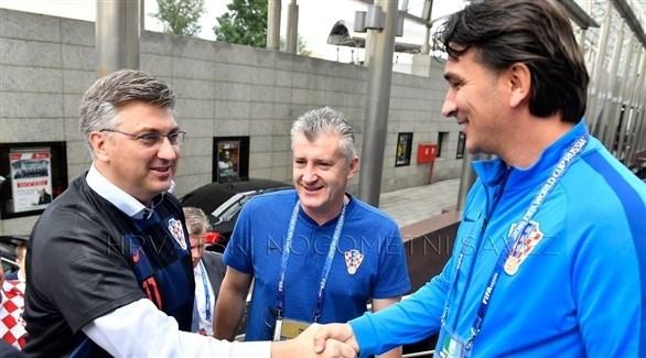 حمى كرة القدم تنتقل إلى الحكومة الكرواتية