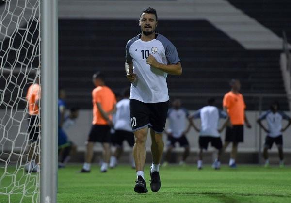 بوديسكو يكتفى بأداء تدريبات بدنية في الشباب