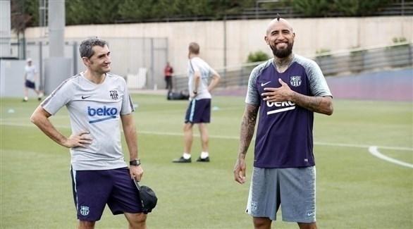 مدرب برشلونة : إشبيلية يملك الأفضلية في مواجهة السوبر