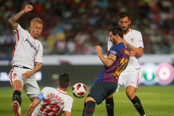بثنائية .. برشلونة يتوج بـ السوبر الإسباني على حساب إشبيلية