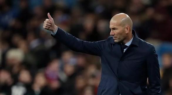 زيدان يحدد أولى مطالبه لتدريب مانشستر يونايتد