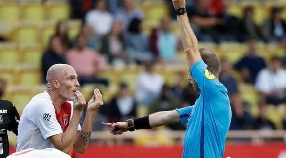 إيقاف لاعب موناكو 5 مباريات بعد بطاقة حمراء