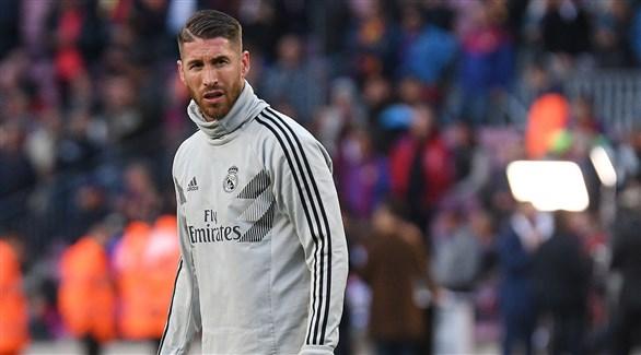 جماهير ريال مدريد تؤيد راموس في خلافه مع بيريز