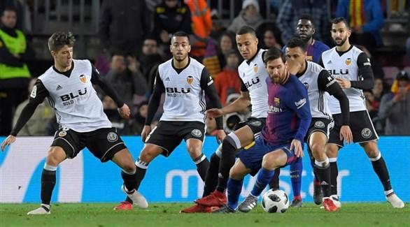 برشلونة يواجه مهمة صعبة في ملعب الخفافيش