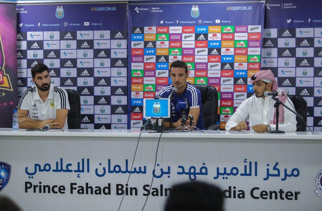 مدرب الأرجنتين: نشكر السعودية على حفاوة الاستقبال .. وجاهزون للعراق