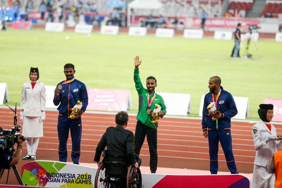 لاعب منتخب القوى نور الصناع يحقق ذهبية سباق 400م بدورة الألعاب الآسيوية البارالمبية
