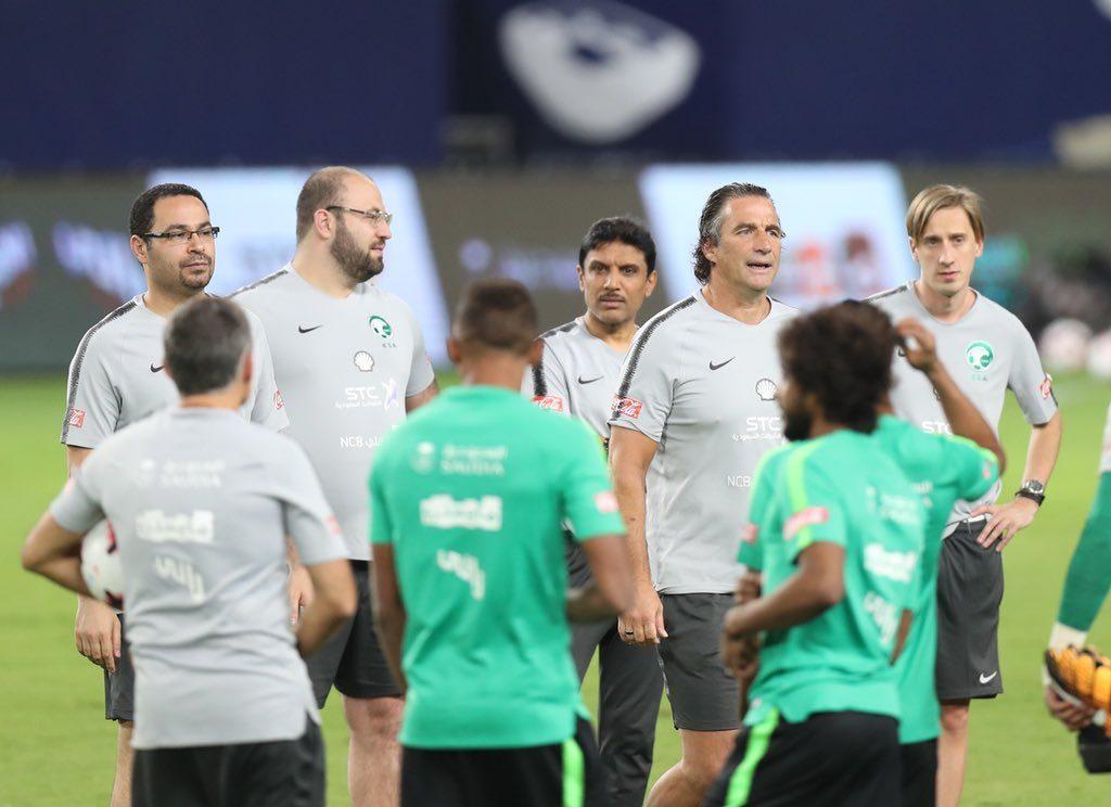 المنتخب الوطني ينهي تحضيراته لمواجهة البرازيل في سوبر كلاسيكو