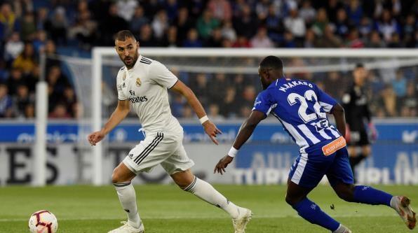 ألافيس يزيد معاناة ريال مدريد