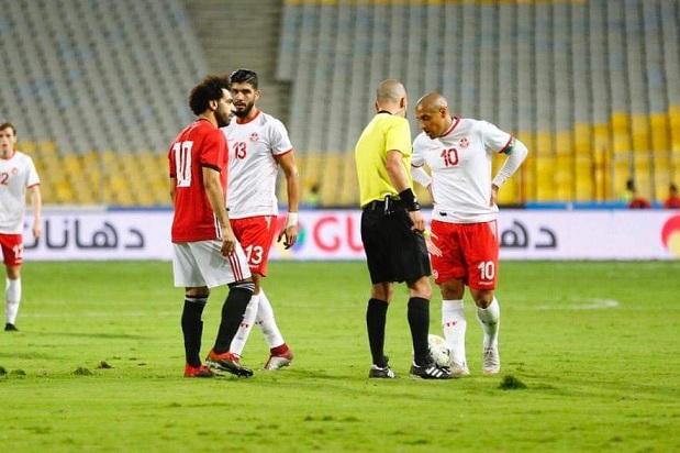 مصر تحسم قمة تونس بـ الثلاثة