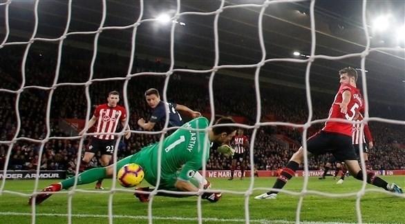 ساوثامبتون يفرض التعادل على مانشستر يونايتد