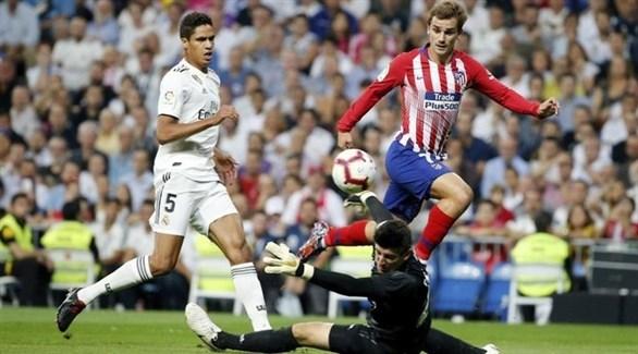 رابطة الصحافة الرياضية في مدريد تكرم الريال وأتلتيكو