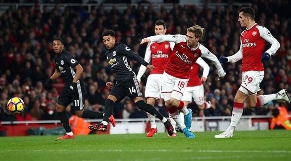 قرعة الدور الرابع تضع آرسنال في مواجهة مانشستر يونايتد في الكأس