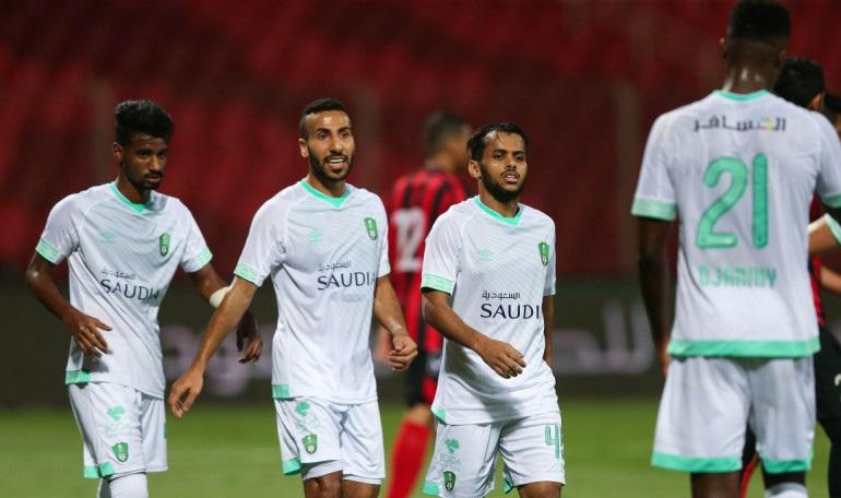 الأهلي يهزم الرياض برباعية في كأس الملك