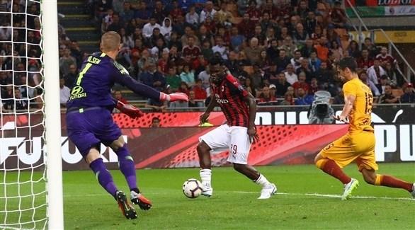 قمة بين روما وميلان في الدوري الإيطالي
