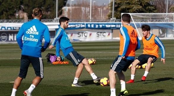 ريال مدريد يبدأ الاستعدادا لمعركة الديربي أمام الأتلتي