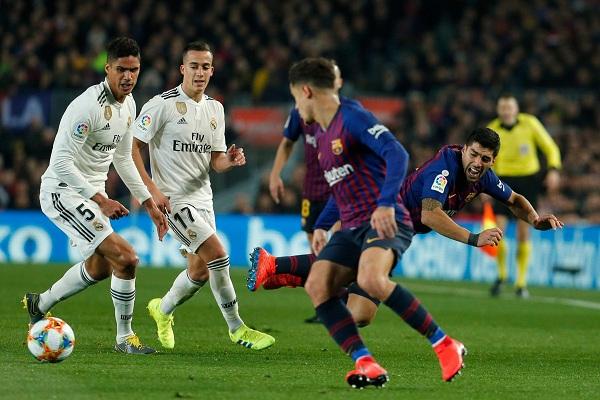 التعادل يحسم كلاسيكو برشلونة وريال مدريد