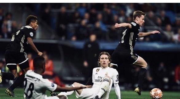 أسهم أياكس في البورصة تحقق رقماً قياسياً بعد إقصاء ريال مدريد