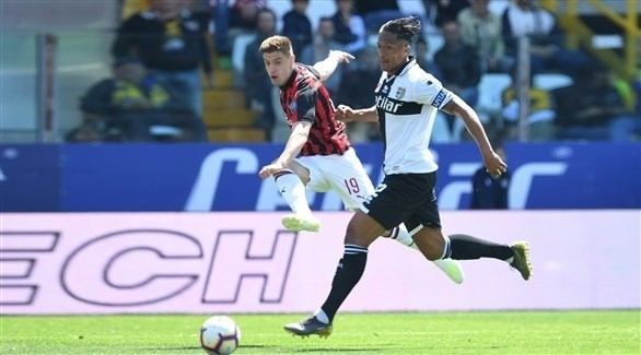 ميلان يكتفي بتعادل مع بارما في الدوري الإيطالي