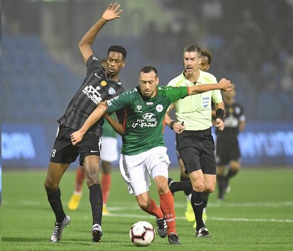 الهلال يخطف التأهل من الاتفاق في كأس الملك