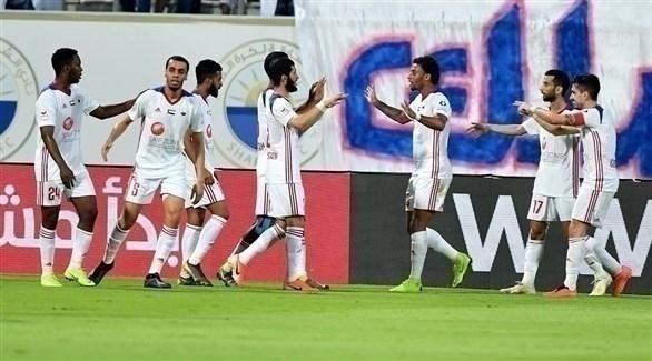 الشارقة يتوج بلقب دوري الخليج العربي
