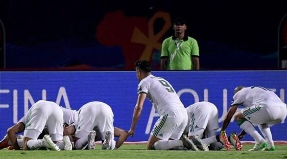 الجزائر تحسم مواجهة كينيا بثنائية