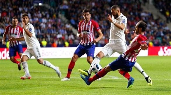 قطبا مدريد يسعيان لتجريد برشلونة من لقب الليغا
