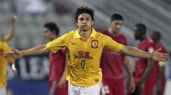 الصين تجنس 9 لاعبين بهدف بلوغ مونديال 2022