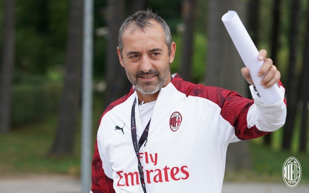 ميلان يقرر إقالة المدرب الإيطالي جيامباولو