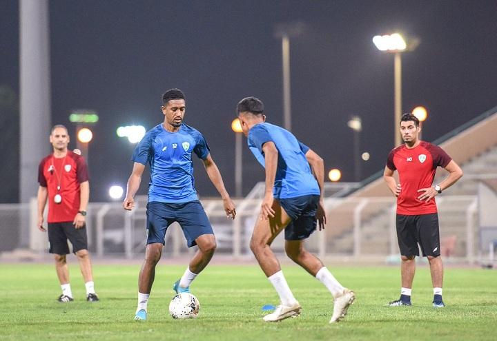 الفتح يغادر إلى الإمارات لإقامة المعسكر الإعدادي