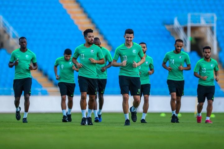 سلمان الفرج يشارك في تدريبات الأخضر استعداداً لـ فلسطين