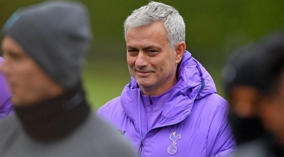 مورينيو : أتوقع أن تُظهر جماهير مانشستر يونايتد الاحترام لي