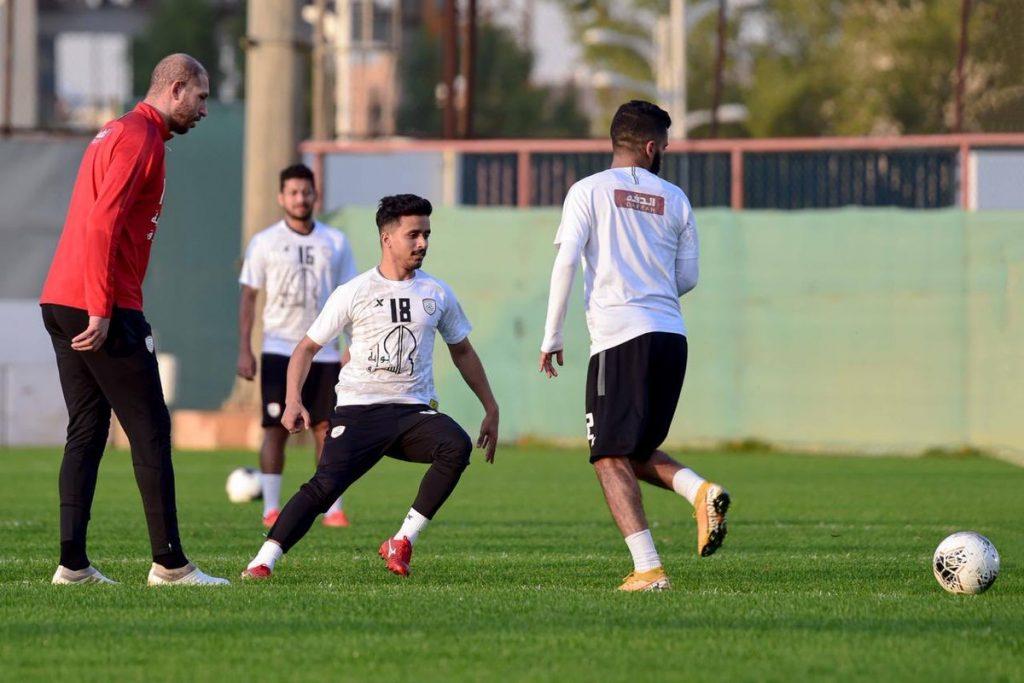 جمال بن العمري يواصل الغياب عن تدريبات الشباب