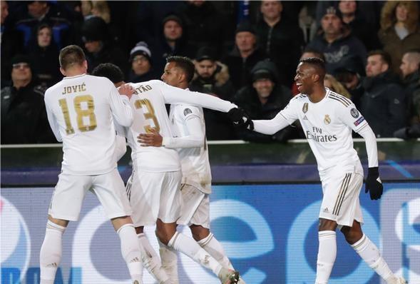 ريال مدريد يضرب بثلاثية.. ويوفنتوس يفوز بثنائية رونالدو وهيغواين