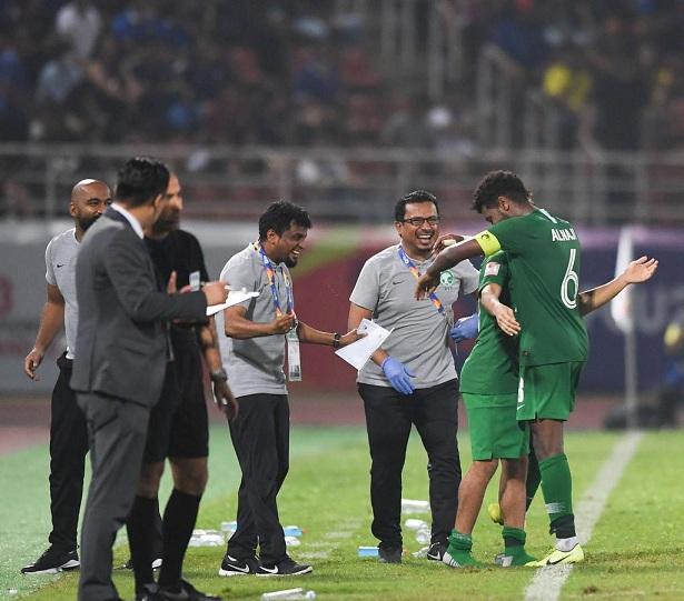 الشهري : مباراة تايلاند لم تكن سهلة .. وخطوة واحدة نحو بلوغ الهدف