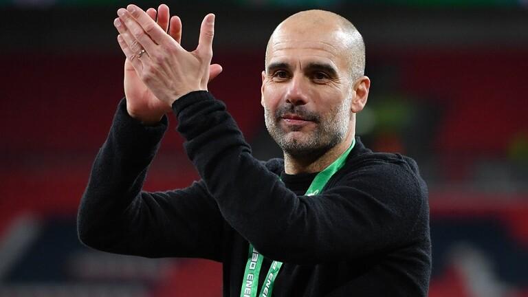 غوارديولا : مانشستر سيتي سيقف في ممر شرفي لـ ليفربول