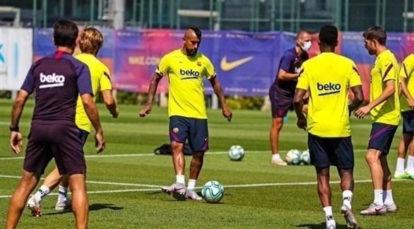 برشلونة يبحث عن العودة للانتصارات أمام فياريال