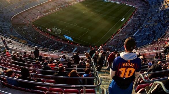 Photo of مباراة برشلونة ونابولي في كامب نو
