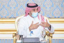 Photo of الفيصل يطمئن على الأوضاع الصحية للاعبي الهلال المصابين كورونا