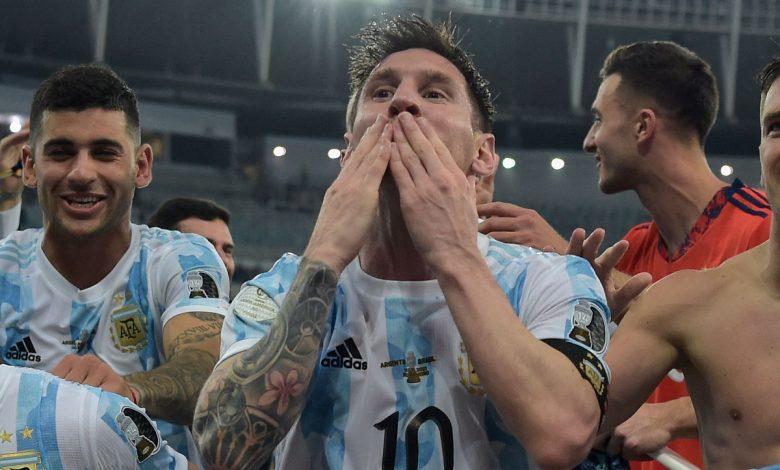 رئيس الأرجنتين يهنئ المنتخب بالفوز